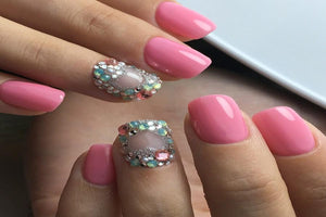 Sweet Bling Nails - Move Manicure