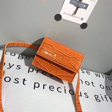 Load image into Gallery viewer, Mini Small Square bag 2019 Fashion New Quality PU Leather Women's Handbag Crocodile pattern Chain Shoulder Messenger Bags
