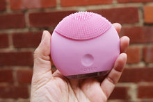 Load image into Gallery viewer, Foreo LUNA Mini 2