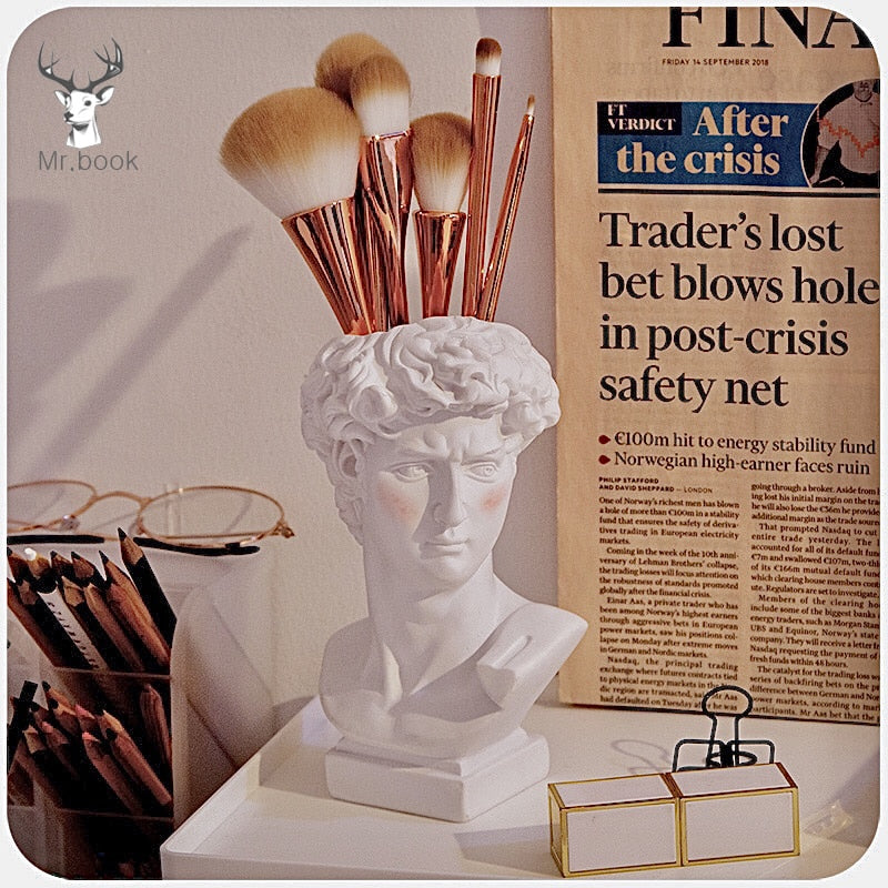 Creative David Sculpture Pen Holder FOR Desk Organizer Makeup Brush Organizer Flower Pot Imitation Plaster Vase Pen Box Crafts Gifts