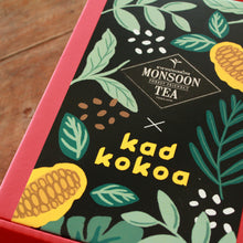Load image into Gallery viewer, Monsoon Tea x Kad Kokoa Gift Box (Kiss Blend)