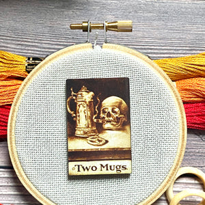 New! Spooky Skeleton Needle Minder