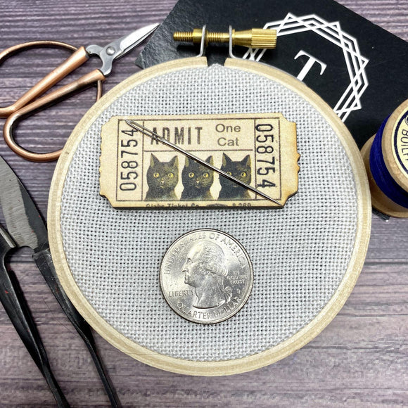 Black Cat Vintage Ticket Needle Minder