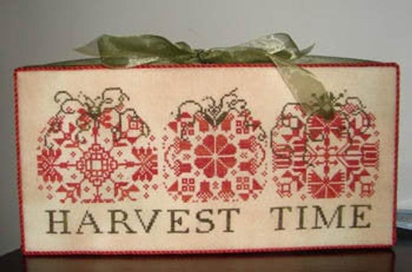 Harvest Time (Pumpkin Quakers) | AuryTM Designs