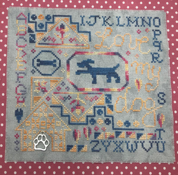 Pre-Order: Love my Dog Quaker | Romy's Creations - Needlework Expo