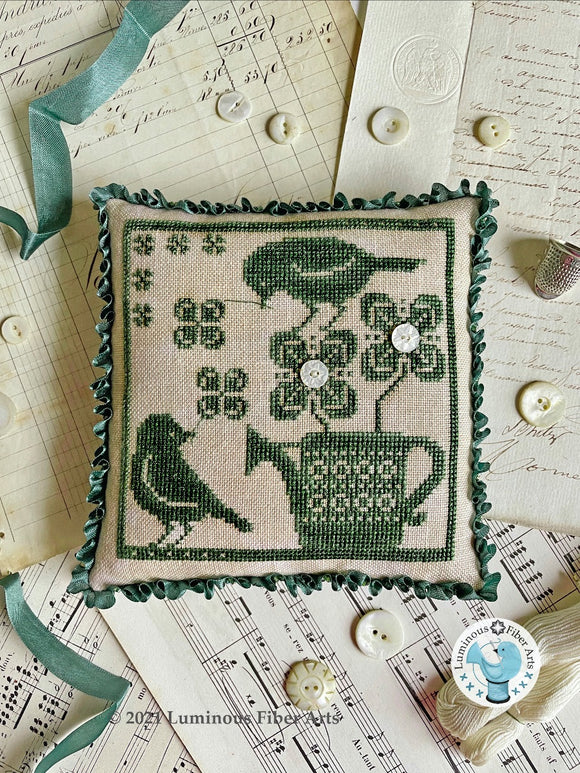 Pre-Order: Gathering Clover | Luminous Fiber Arts - Needlework Expo
