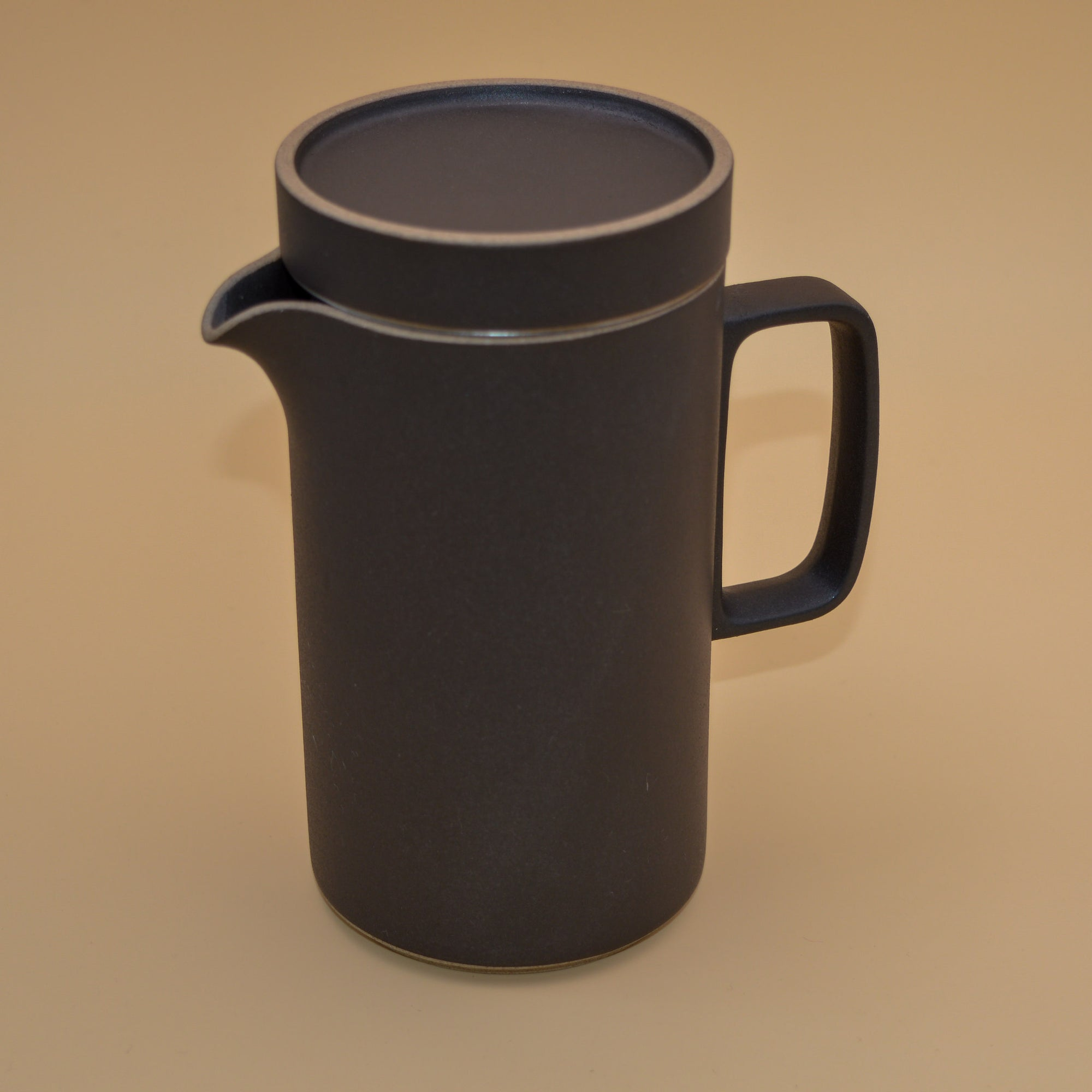 Hasami Porcelain Coffee Pot (black)