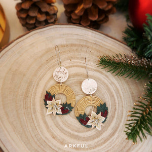 White Christmas Wreaths (Hoops)