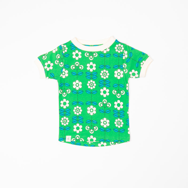 Bella T-Shirt - Kelly Green Fairy Tail Flowers