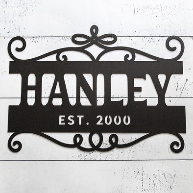 Personalized Family Name Horizontal Metal Sign – Hanley Design