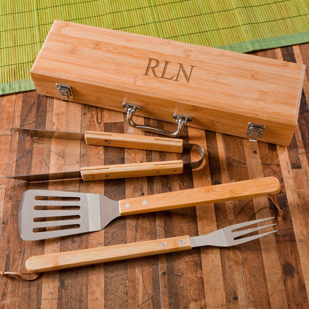 Personalized Set of 5 Grilling Set with Bamboo Case