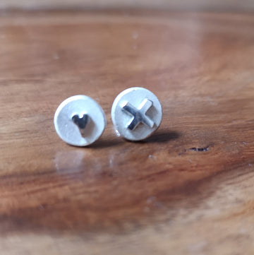 Silver Yulan Hearts and Kisses Stud Earrings