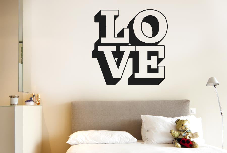 L o v e in 3d wall sticker