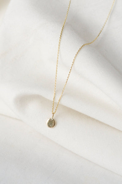 Gouden dot ketting gold dot necklace Wild Fawn 9kt