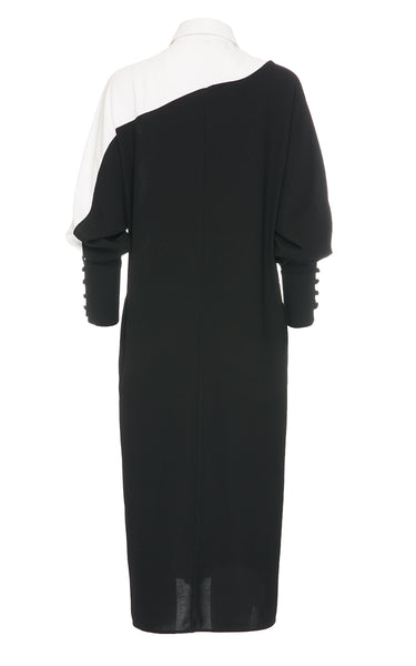 Long Black Dress With a White Colar