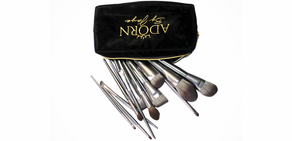 15 Piece Brush Set - Includes Makeup Bag - ADORN by Jaye
