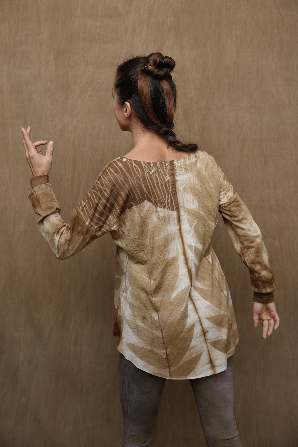 Woodswalker Long Sleeve in Golden Shadow