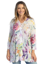 "Load image into Gallery viewer, ""Fanciful"" Slub Burnout Tunic w/Button Accents"