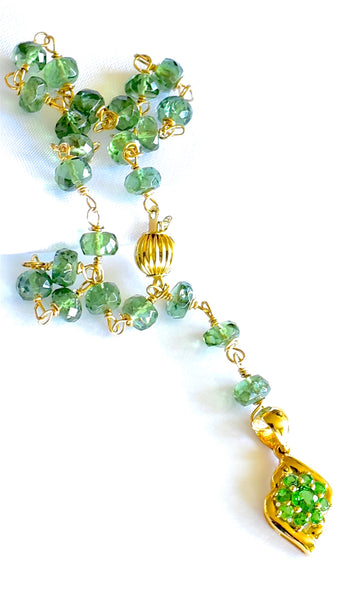 "Lovely Green Apatite and Emerald Pendant Bracelet ""Green Apple""💐"