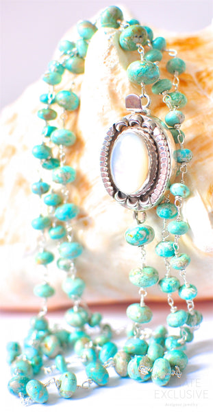 "Very Long One-Strand Australian Turquoise Necklace with Vintage Style Pendant ""Vintage Lady"""