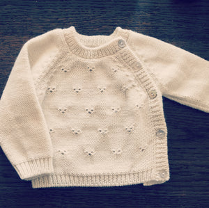 Newborn Fall/winter pierced cardigan