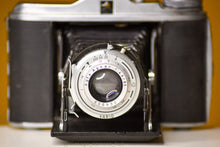 Load image into Gallery viewer, Agfa Isolette V Vintage 120 Film Folding Camera