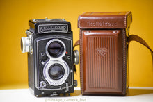 Load image into Gallery viewer, ROLLEICORD Va Version 2 120 Film Camera With Case Near Mint Condition
