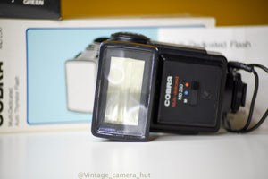 Cobra MD 250 Flash for Olympus, Canon, Nikon, Pentax with Box and Filters