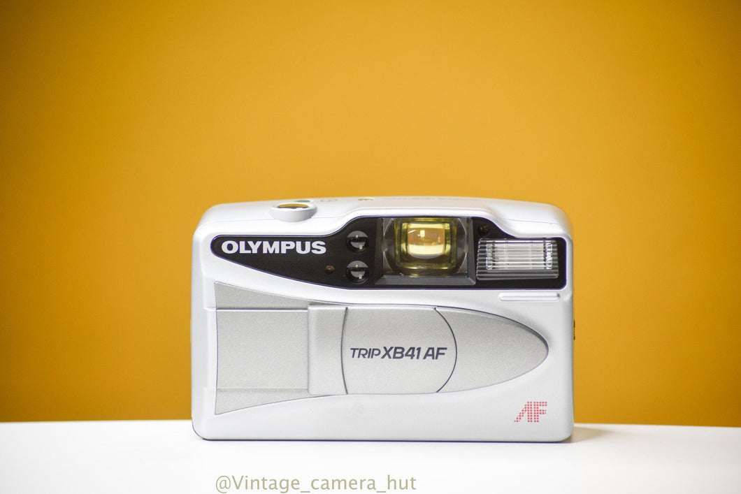 Olympus Trip XB41AF 35mm Film Vintage Camera with Leather Case