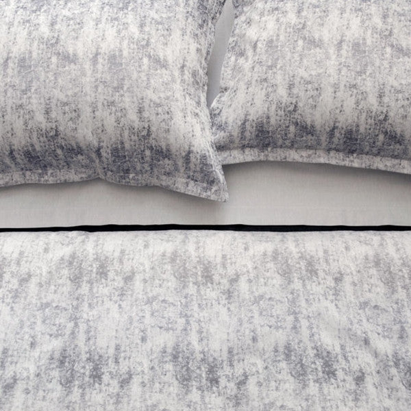 Area Bedding Leo Grey Standard Sham