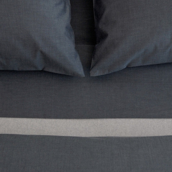 Area Bedding Parallel Blue Full Fitted Sheet