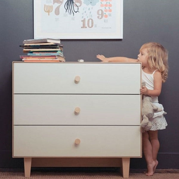 Oeuf Merlin 6 Drawer Dresser with Rhea Base Birch/White