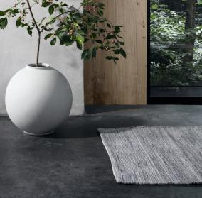 "Blomus SOLO Magnet Woven Area Rug 24"" X 36"""