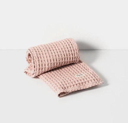 ferm LIVING Organic Hand Towel Rose