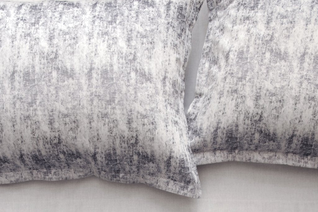 Area Bedding Leo Grey King Sham