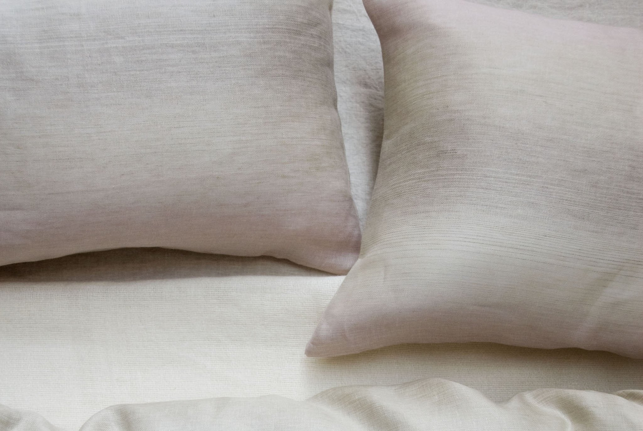Area Bedding VIVIENNE Powder Standard Pillow Cases