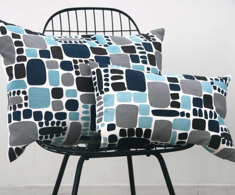 Area Bedding PEBBLES Aqua Blue Pillow