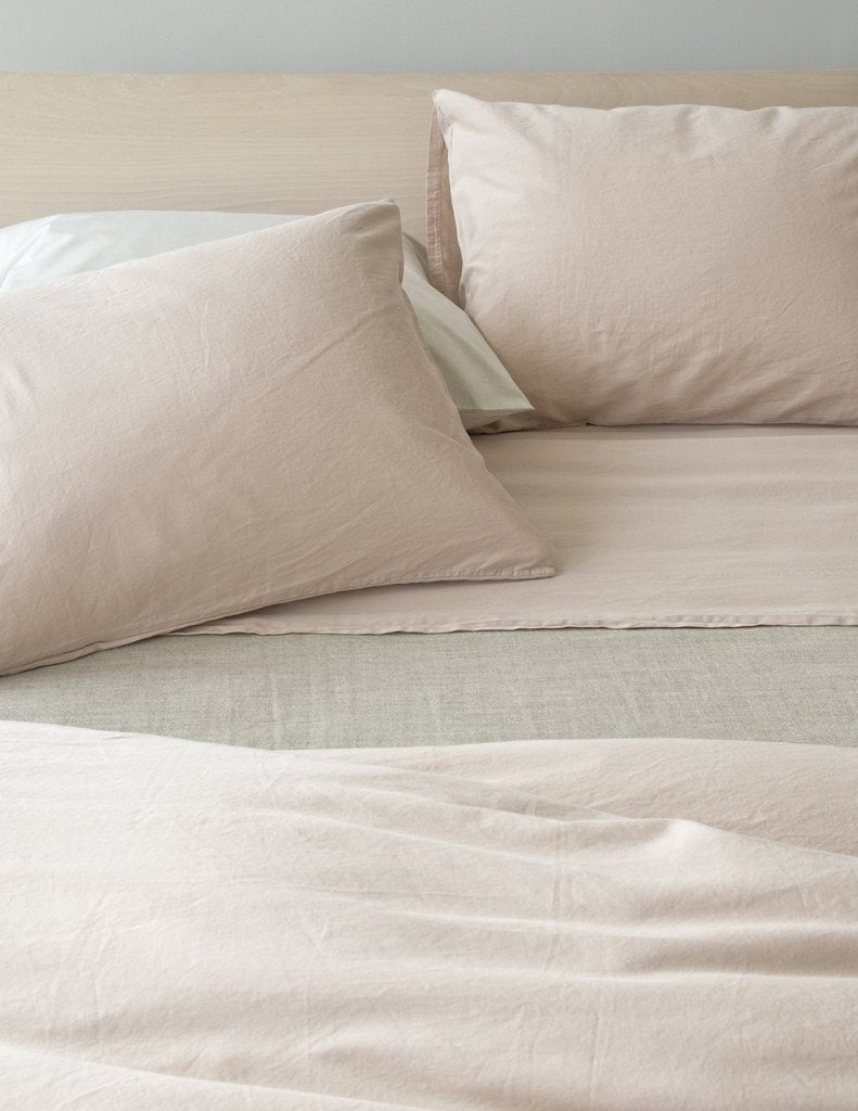 Area Bedding PERLA Powder Cal-king Fitted Sheet