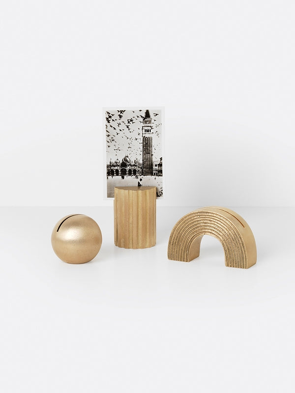 ferm LIVING Card Stand - Arch - Brass