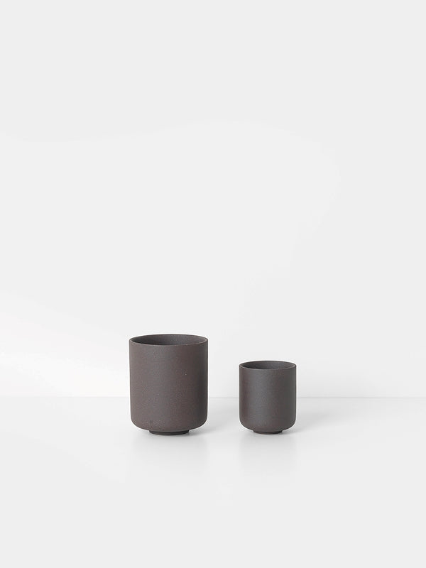 ferm LIVING Sekki Cup - Charcoal - Large