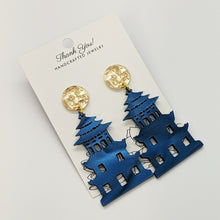 Load image into Gallery viewer, Pagoda Earrings