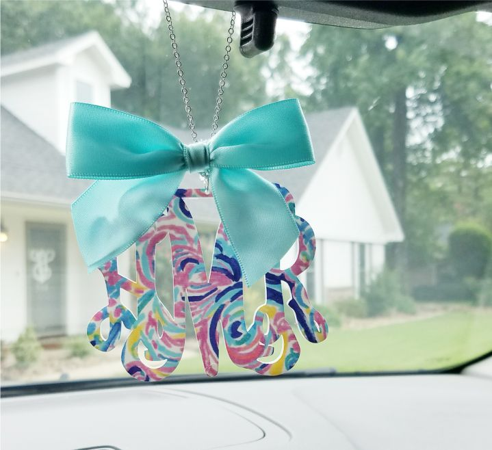 Pattern Rearview Mirror Hanger