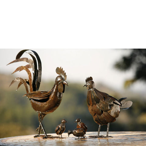 Rooster, Hen & 3 chicks
