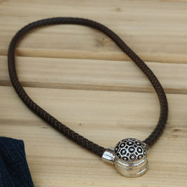 Dainty Necklace - Brown