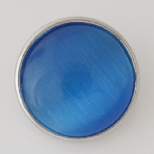 Cats Eye Regular Medallion - Light Blue