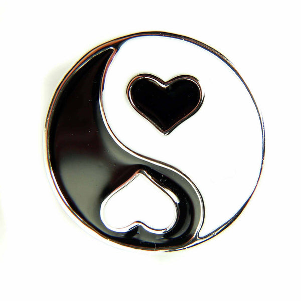 Yin Yang Heart Black/White