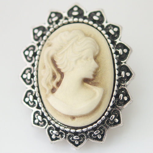 Cameo Oval Gold