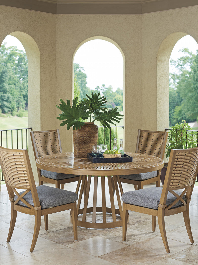 Los Altos Valley View Round Dining Table