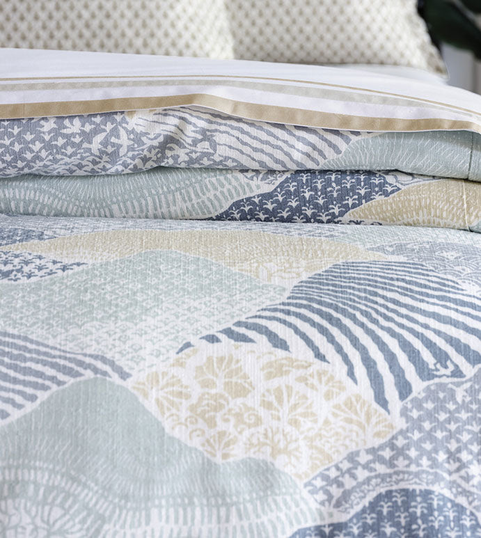 Brentwood Abstract Comforter