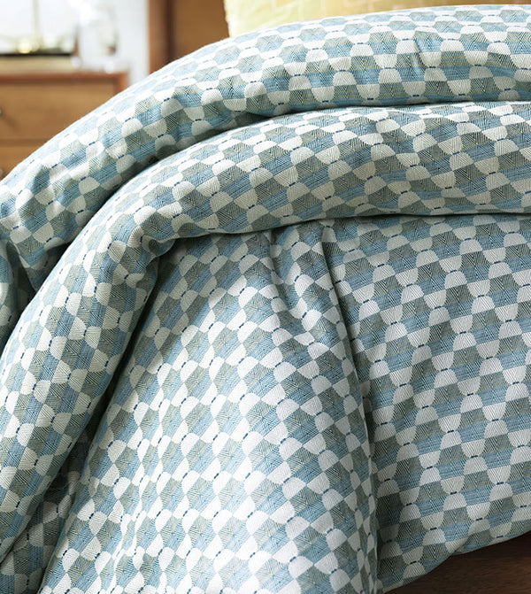 Twin Palms Geometric Comforter